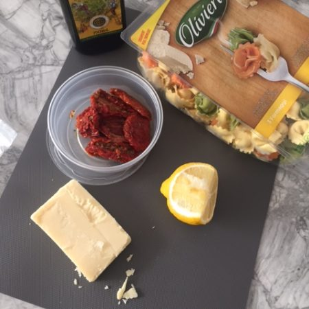 easy-pasta-dish-with-sundried-tomatoes-and-lemon
