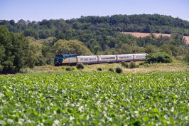 Family Travel: Via Rail Deals for the kids this summer